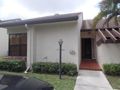 Lake Worth Single Family Home For Sale: 3923 Silver Maple Drive #A