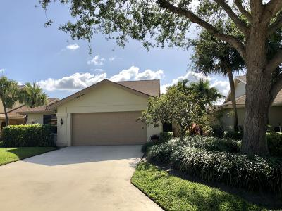 Jupiter Single Family Home For Sale: 157 Beach Summit Court