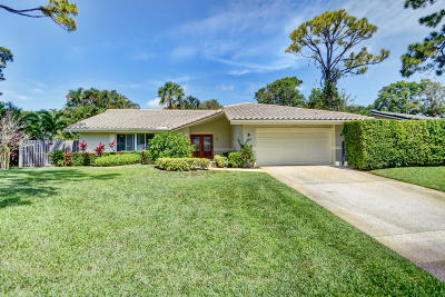 Delray Beach Single Family Home For Sale: 818 Foxpointe Circle