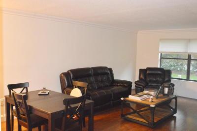 Wellington Condo For Sale: 13165 Chadwick Court #25