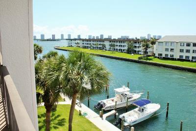 North Palm Beach Condo For Sale: 104 Paradise Harbour Boulevard #404