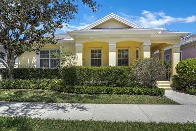 Jupiter Single Family Home For Sale: 115 Honeysuckle Drive