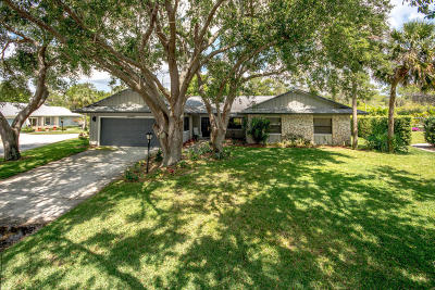 Hobe Sound Single Family Home For Sale: 12762 SE Royal Troon Court