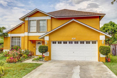 West Palm Beach Single Family Home For Sale: 108 Royal Pine Circle