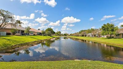 Delray Beach Single Family Home For Sale: 2533 S Coral Trace Circle