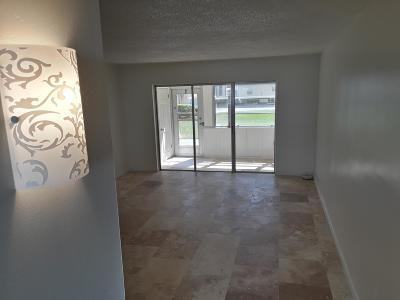 Palm Springs Condo For Sale: 709 Lori Drive #113