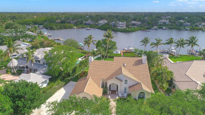 Single Family Home Sold: 10385 SE Banyan Way