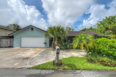 Palm City Single Family Home For Sale: 2440 SW 15th Terrace