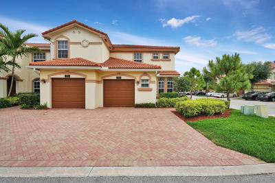 Delray Beach Townhouse Contingent: 6320 Ginger Trail #106