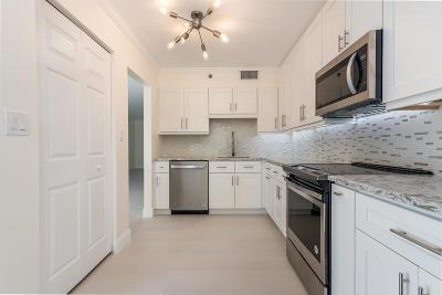 Boca Raton Condo For Sale: 7233 Promenade Drive #102