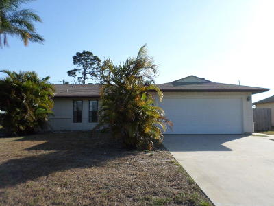Port Saint Lucie Single Family Home For Sale: 2625 SW Monterrey Lane