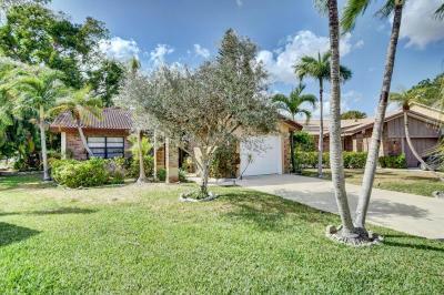 Boca Raton Single Family Home For Sale: 19619 Back Nine Drive