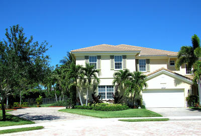 Palm Beach Gardens Townhouse For Sale: 5001 Dulce Court