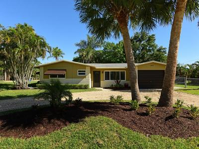 Martin County Single Family Home For Sale: 1469 SW Ibis Street