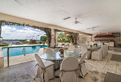 Palm Beach Single Family Home For Sale: 1616 S Ocean Boulevard