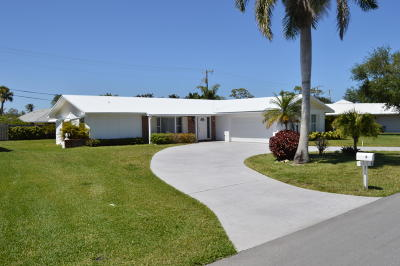 Tequesta Single Family Home For Sale: 8 Bridlepath Circle