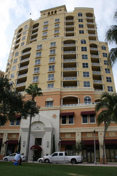 West Palm Beach Condo Sold: 201 S Narcissus Avenue #1103