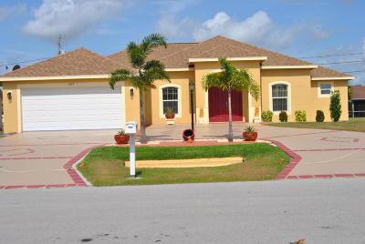 Port Saint Lucie Single Family Home For Sale: 1463 SW Prairie Circle SW