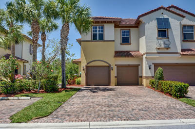 Coral Springs Townhouse For Sale: 5942 NW 117th Drive #5942