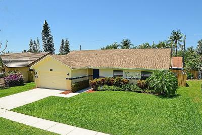 Boca Raton Single Family Home For Sale: 7801 W Country Club Boulevard