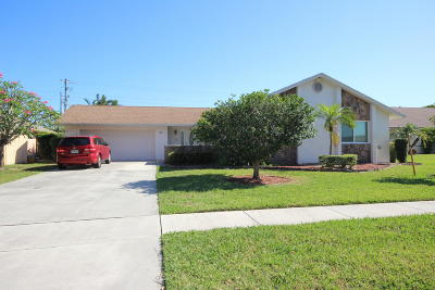 Boynton Beach Single Family Home For Sale: 33 Vista Del Rio Circle