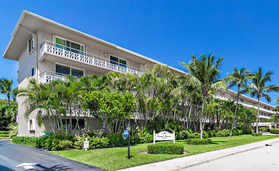 Palm Beach Condo For Sale: 139 Sunrise Avenue #209