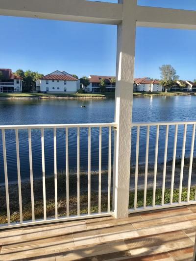 Palm Beach Gardens Condo For Sale: 155 Cypress Point Drive #Bldg 7 1