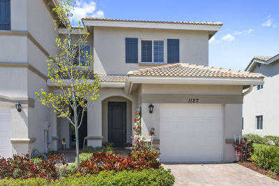 Lake Worth Townhouse For Sale: 1127 Vermilion Drive