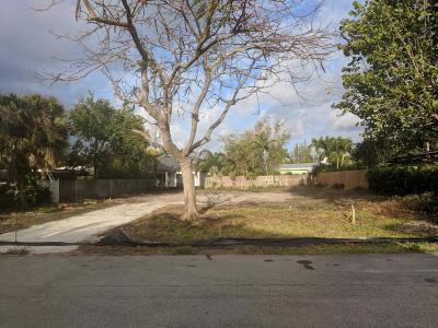 Delray Beach Single Family Home For Sale: 1508 Pine Lane