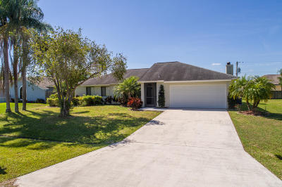 Port Saint Lucie Single Family Home For Sale: 974 SE Browning Avenue