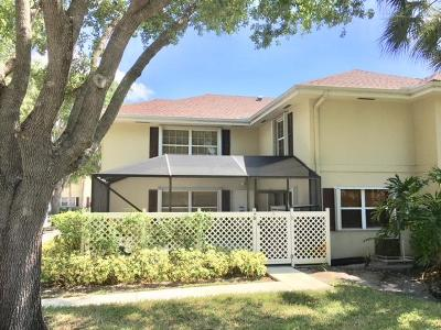 Royal Palm Beach Townhouse For Sale: 17 Bedford Court #D