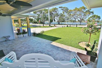 Lake Worth Single Family Home For Sale: 1814 Lake Osborne Drive