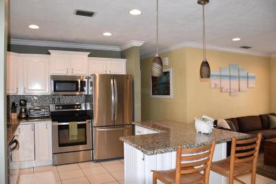 Boca Raton Single Family Home For Sale: 2106 NE 3rd Way