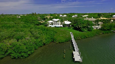 Indian River County Single Family Home For Sale: 110 Estuary Circle