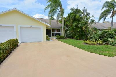 Hobe Sound Single Family Home For Sale: 10843 SE SEa Pines Circle