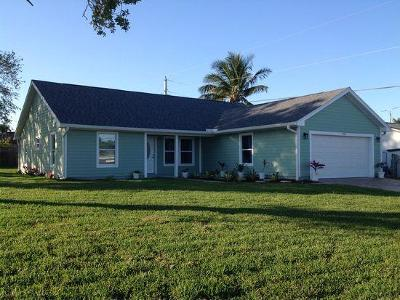 Hobe Sound Single Family Home For Sale: 7295 SE Craig Street