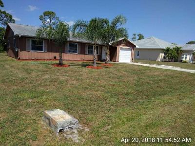 Port Saint Lucie Single Family Home For Sale: 1812 SE Floresta Drive