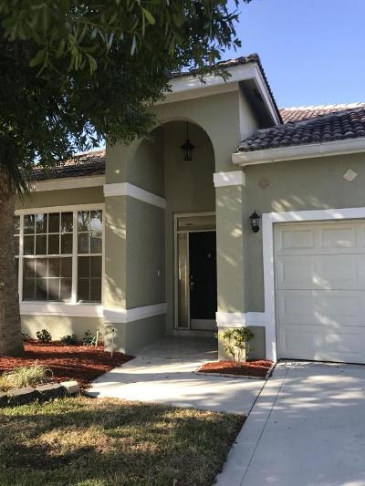 Lake Worth Single Family Home For Sale: 6012 Newport Village Way