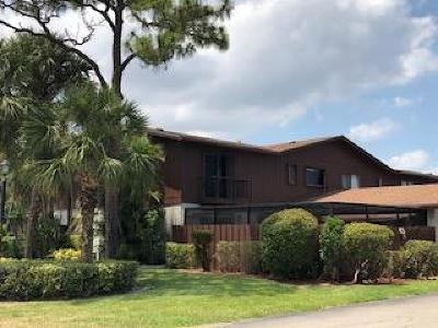 Lake Worth Townhouse For Sale: 4580 Holly Lake Drive