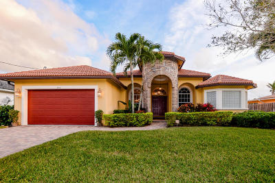 Port Saint Lucie Single Family Home For Sale: 120 NE Twylite Terrace