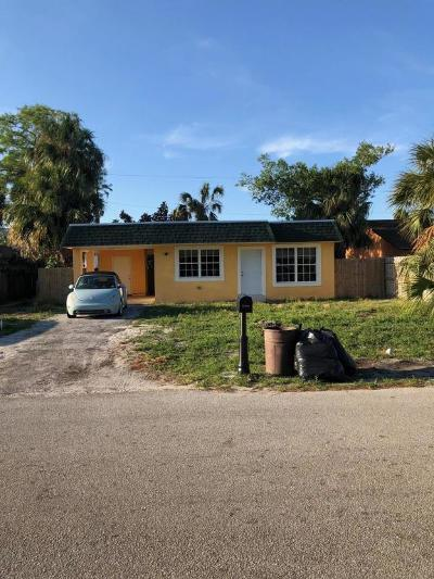 West Palm Beach Single Family Home For Sale: 5049 Norma Elaine Road