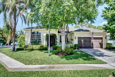 Boynton Beach Single Family Home For Sale: 37 Lake Eden Drive