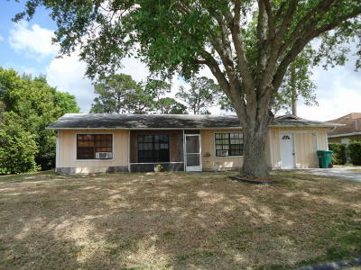 Port Saint Lucie Single Family Home For Sale: 1649 SW Day Street