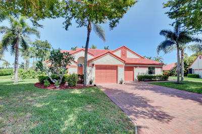 Delray Beach Single Family Home For Sale: 7966 Lexington Club Boulevard #A