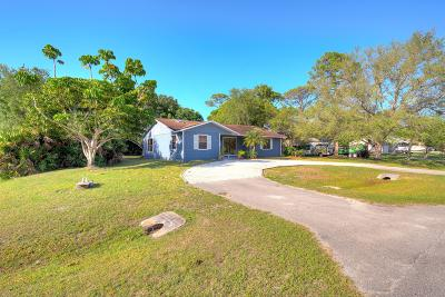 Fort Pierce Single Family Home For Sale: 7101 Coquina Avenue