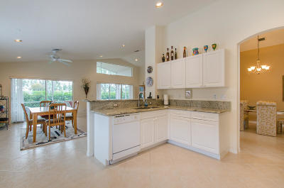 Boynton Beach Single Family Home For Sale: 7704 Caprio Drive