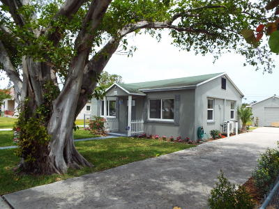 Lake Worth Single Family Home For Sale: 430 B Street