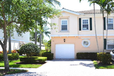 Palm Beach Gardens Townhouse For Sale: 461 Capistrano Drive