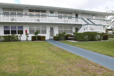 West Palm Beach Condo For Sale: 11 Bedford A #11