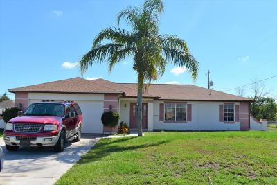 Port Saint Lucie Single Family Home For Sale: 1641 SW Cameo Boulevard